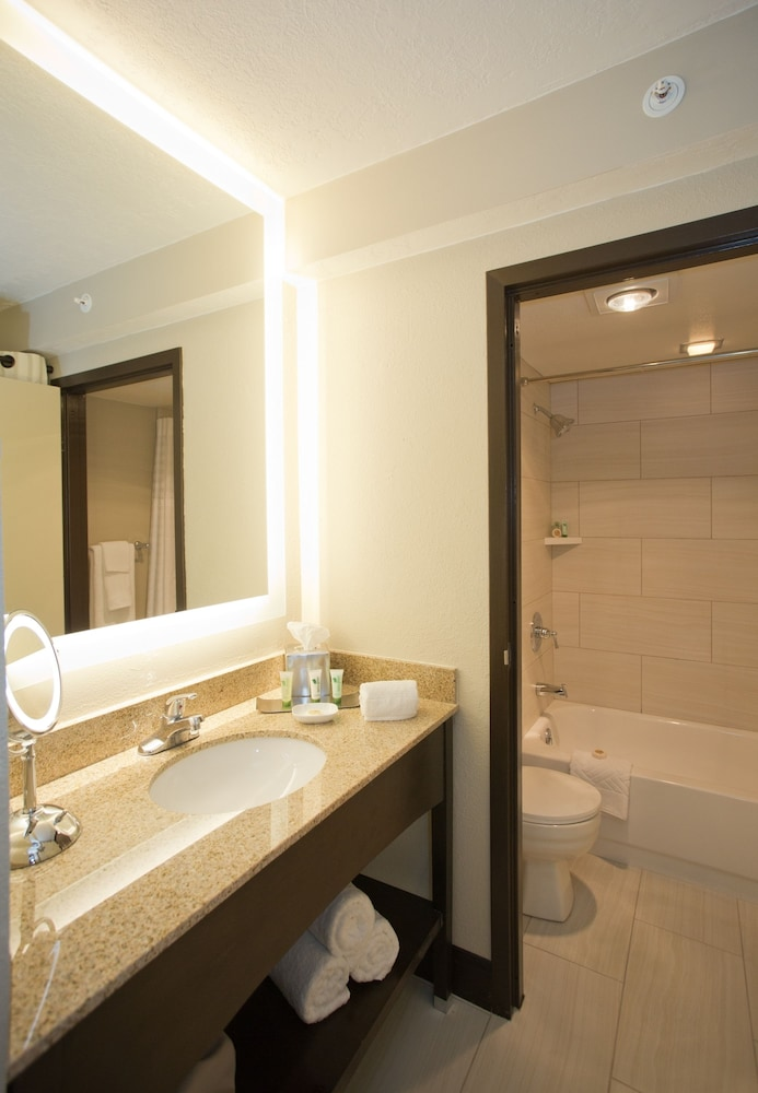 Bathroom, DoubleTree by Hilton Hotel Park City - The Yarrow