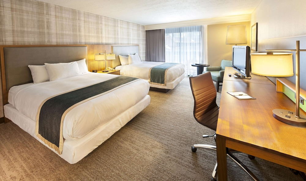 Room, DoubleTree by Hilton Hotel Park City - The Yarrow