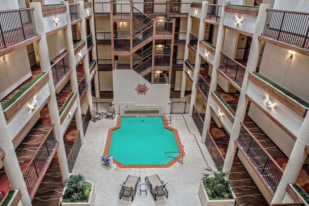 Pool, Hilton Garden Inn San Antonio Airport