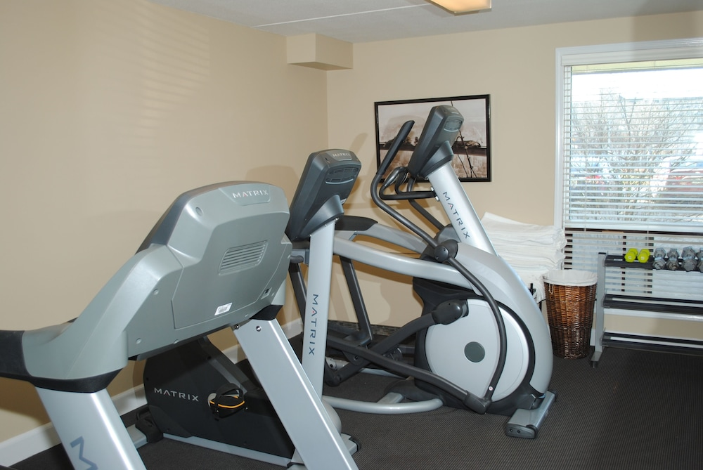 Fitness Facility, Royal Hotel Regina, Trademark Collection by Wyndham