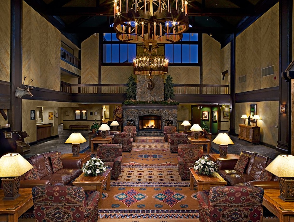 Lobby, Tenaya Lodge at Yosemite