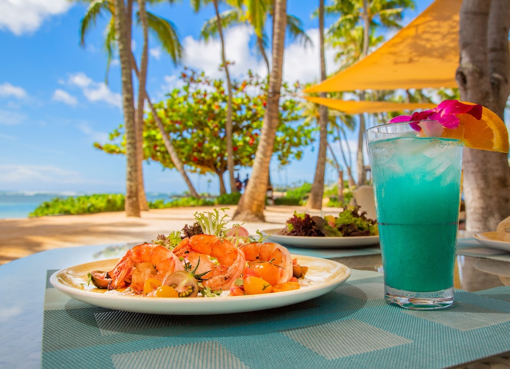 Outdoor Dining, The Kahala Hotel & Resort