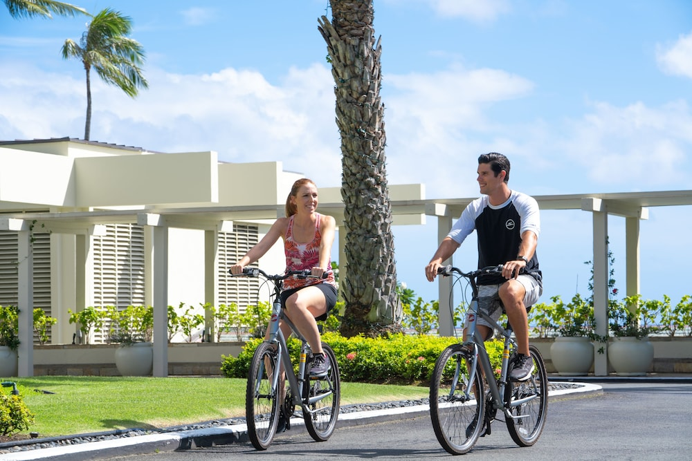 Bicycling, The Kahala Hotel & Resort