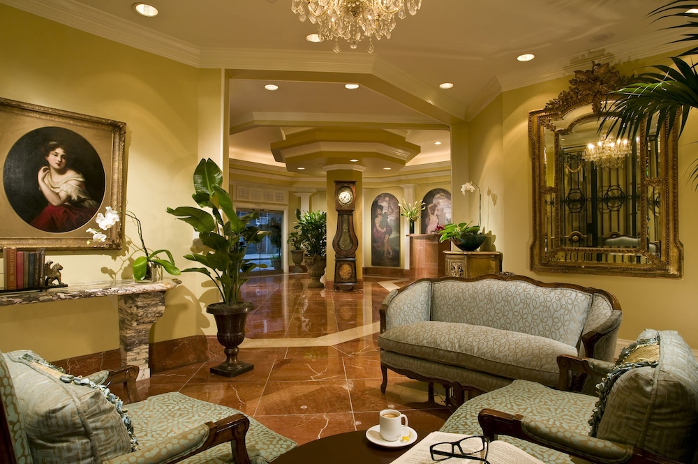Royal Crescent Hotel In New Orleans Hotel Rates Reviews On Orbitz