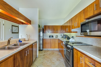 Standard Room, 2 Bedrooms, Partial Ocean View - In-Room Kitchen