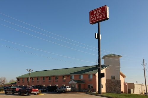Great Place to stay Red Carpet Inn & Suites near North Sioux City