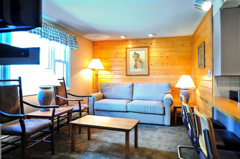 Living Area, The Historic Crags Lodge by Diamond Resorts