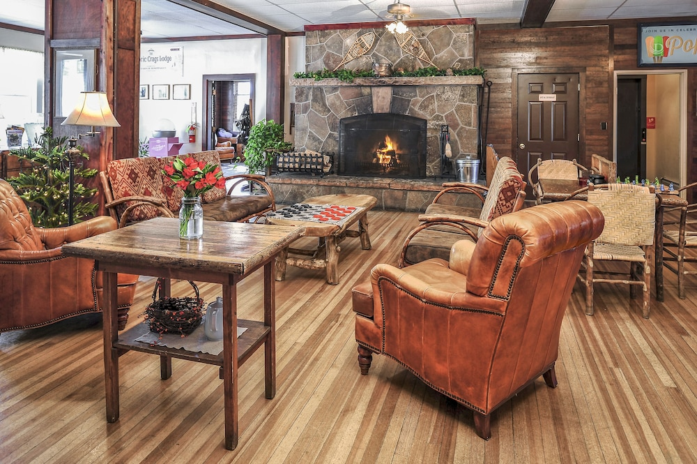 Lobby Sitting Area, The Historic Crags Lodge by Diamond Resorts