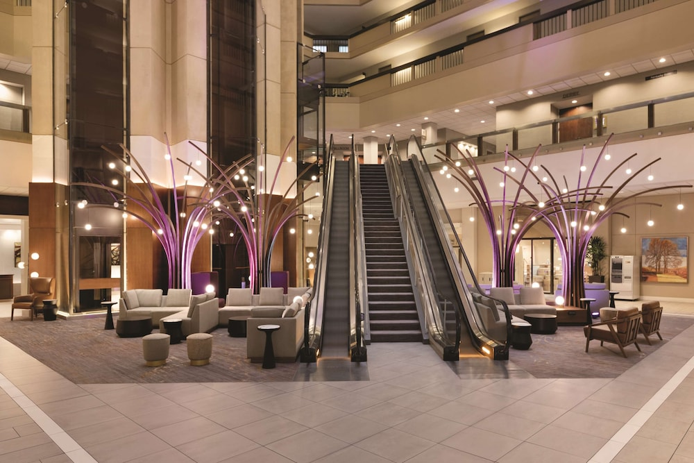 Lobby, Hyatt Regency Louisville