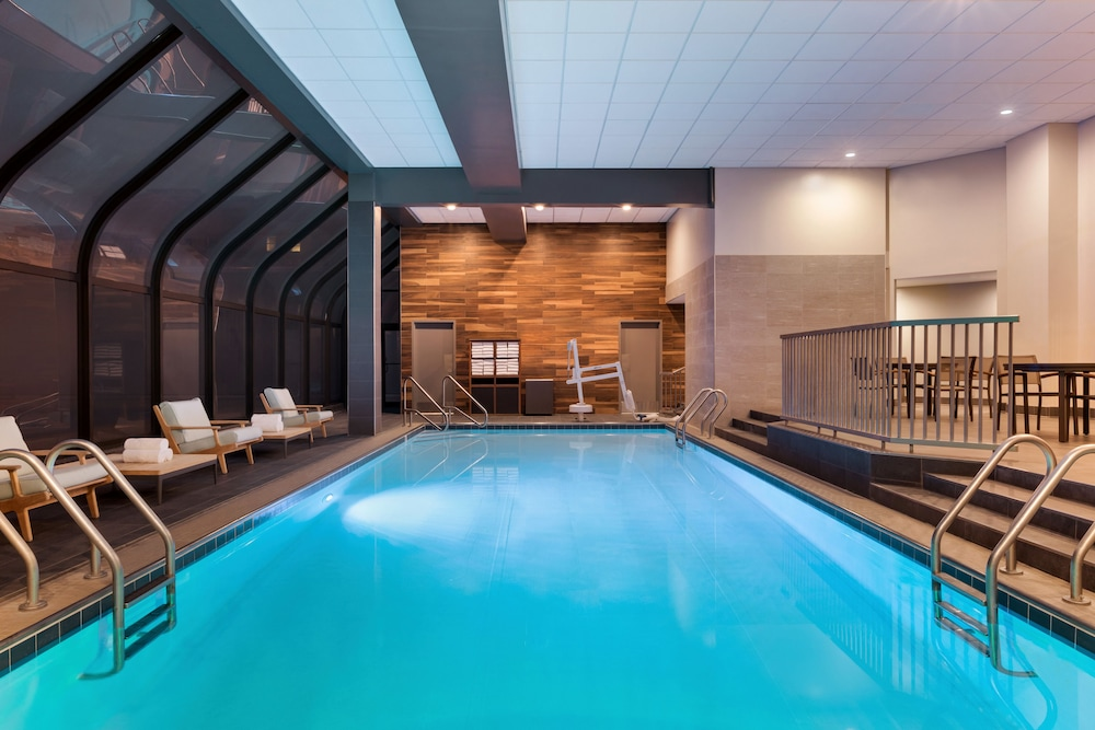 Indoor Pool, Hyatt Regency Louisville