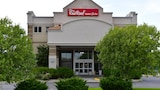 Red Roof Inn & Suites Lincoln - Lincoln Hotels