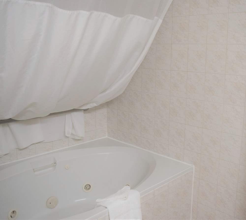 Jetted Tub, Quality Inn Conference Center at Citrus Hills
