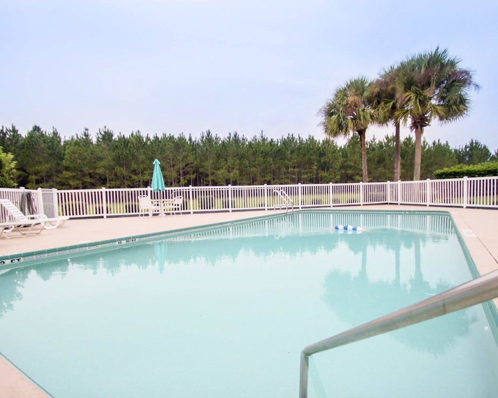 Pool, Quality Inn Conference Center at Citrus Hills
