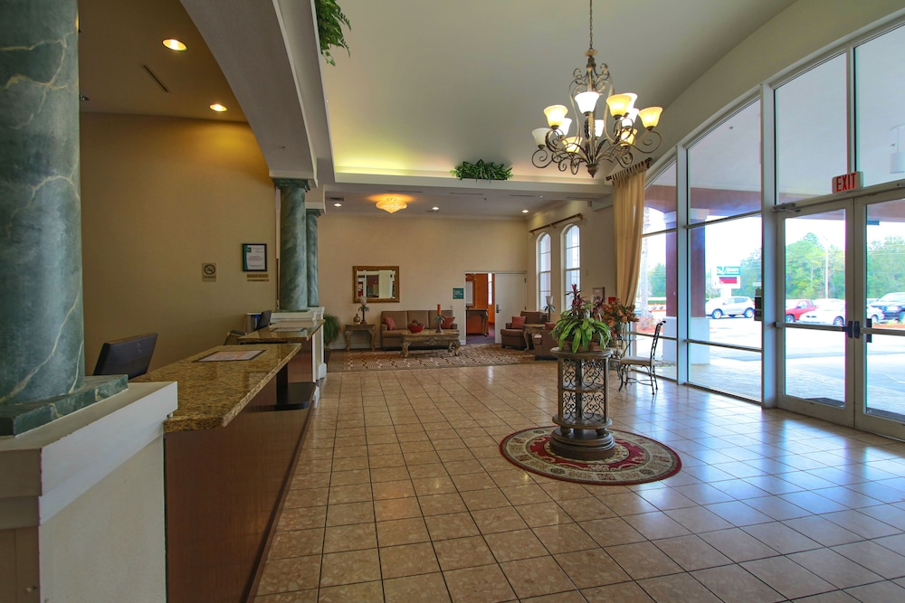Interior Entrance, Quality Inn Conference Center at Citrus Hills