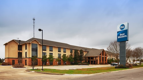 Check Expedia for Availability of Best Western Inn At Coushatta