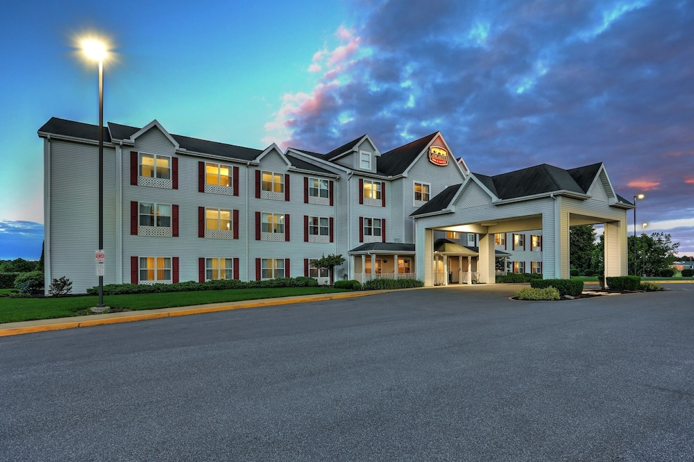 Featured Image, Lancaster Inn and Suites