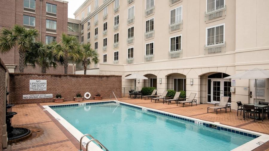 Courtyard Charleston Historic District