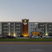Holiday Inn Express Hotel Suites Columbus