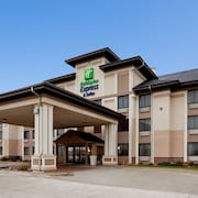 Holiday Inn Express & Suites Worthington, an IHG Hotel
