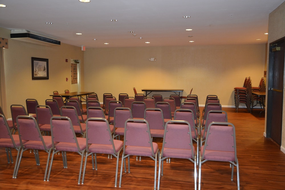 Meeting Facility, Countryside Inn & Suites