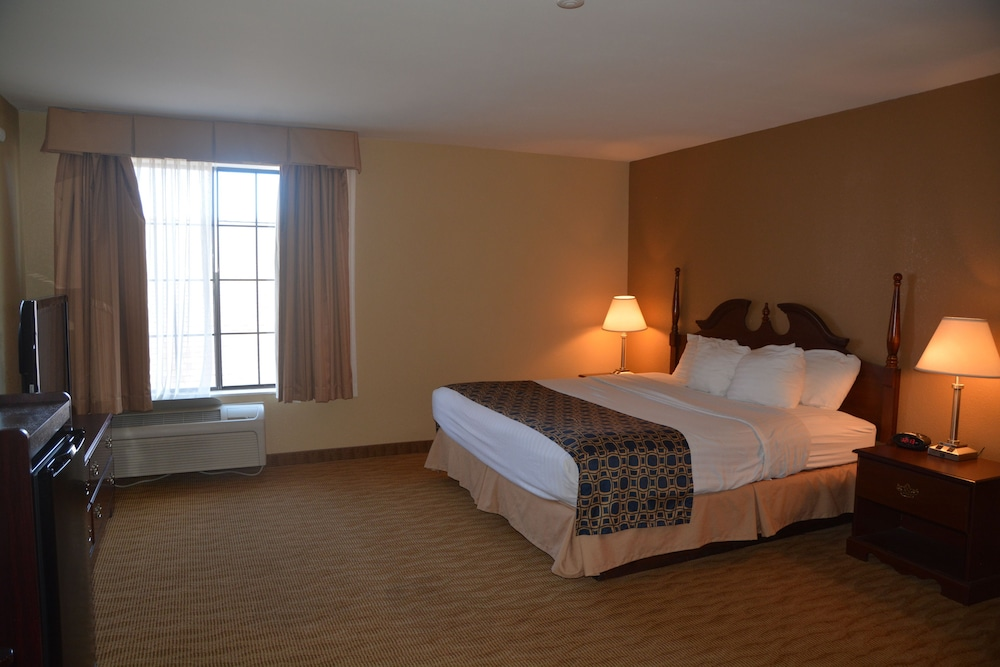 Room, Countryside Inn & Suites