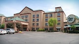 The Plaza Hotel & Suites Winona - Winona Hotels