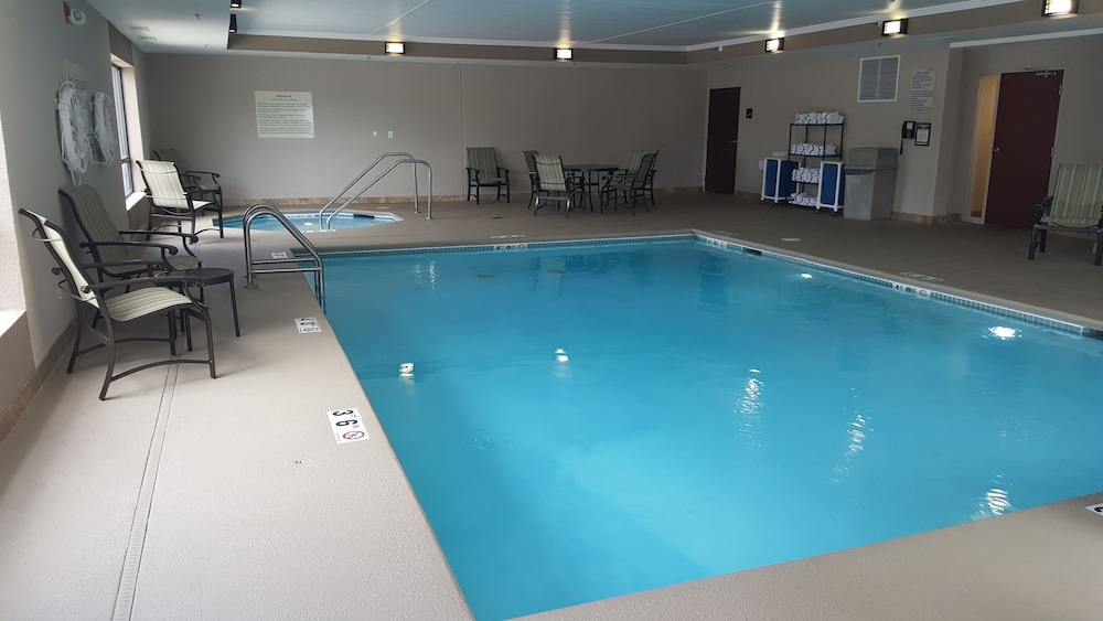 Pool 3 of 27