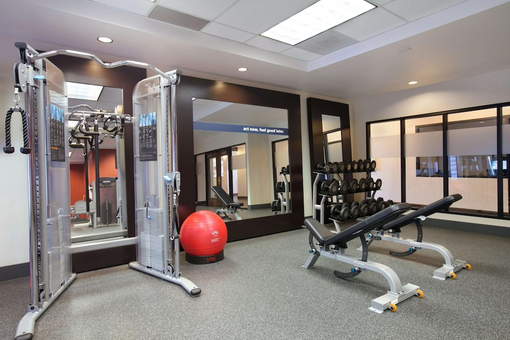 Fitness Facility, Hampton Inn & Suites Anaheim/Garden Grove