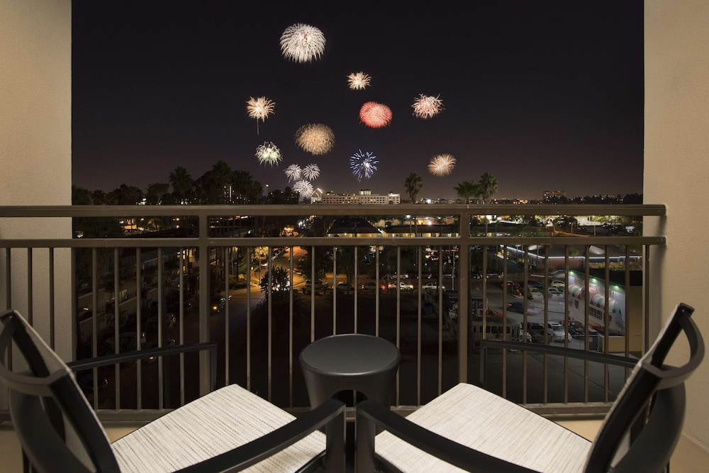 Terrace/Patio, Hampton Inn & Suites Anaheim/Garden Grove