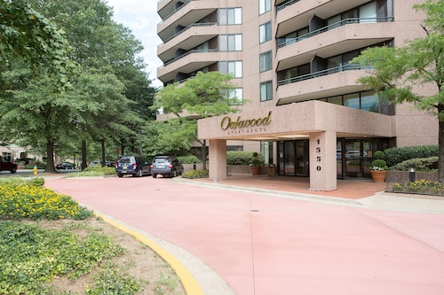Check Expedia for Availability of Oakwood Arlington