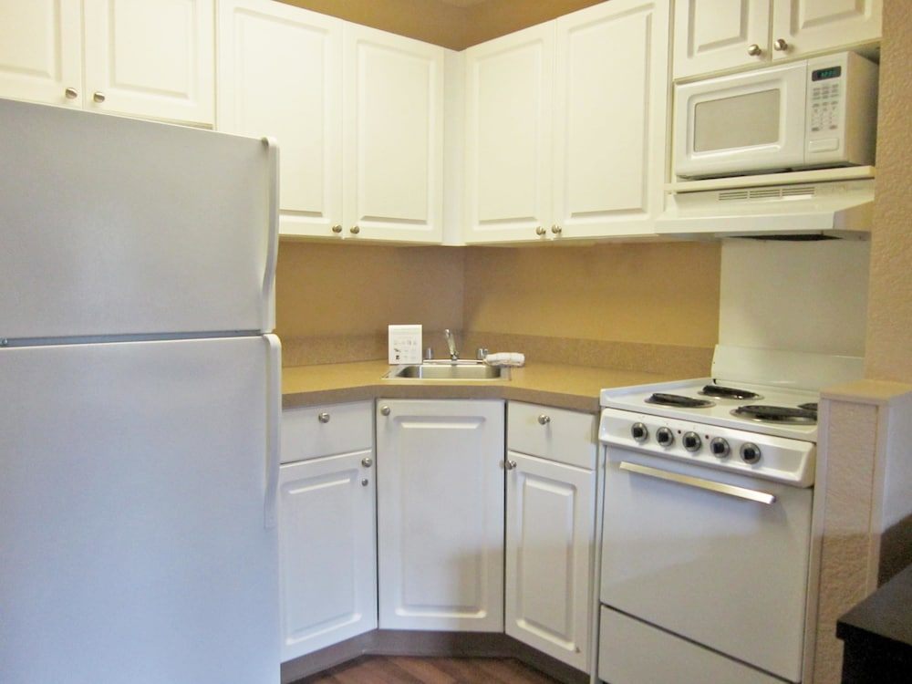 Private Kitchen, Extended Stay America Oakland - Alameda Airport