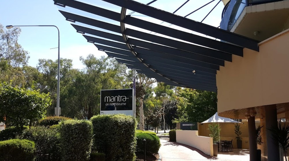 Mantra On Northbourne Deals Reviews Canberra AUS