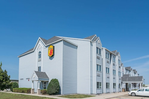 Great Place to stay Super 8 by Wyndham Fargo Airport near Fargo