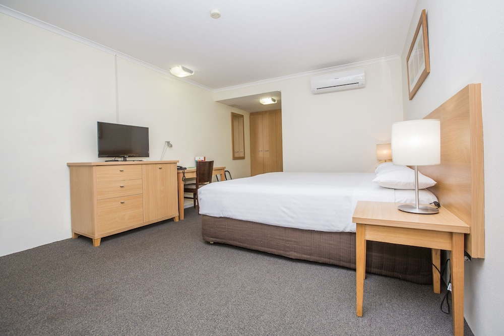ibis styles canberra eaglehawk reviews photos rates. Black Bedroom Furniture Sets. Home Design Ideas
