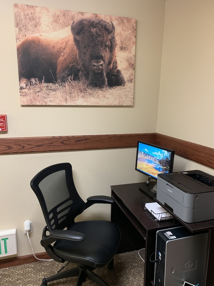 Business Center, Yellowstone Lodge