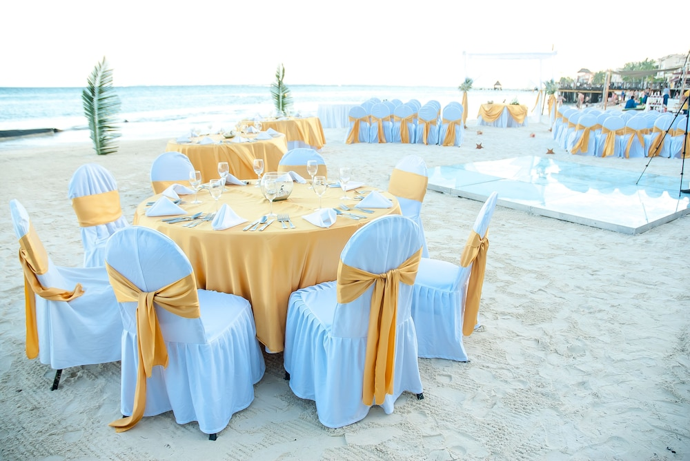 Indoor Wedding, All Ritmo Cancun Resort & Water Park - All Inclusive