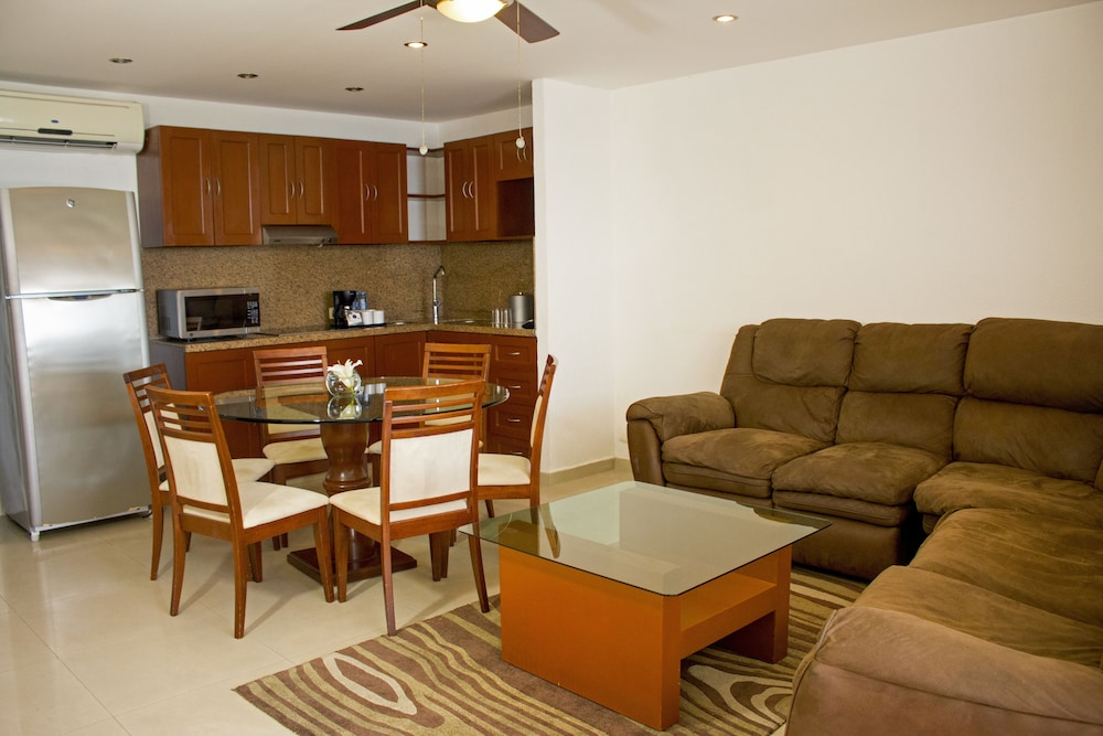 Living Area, All Ritmo Cancun Resort & Water Park - All Inclusive