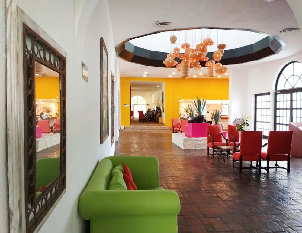 Lobby Sitting Area, All Ritmo Cancun Resort & Water Park - All Inclusive
