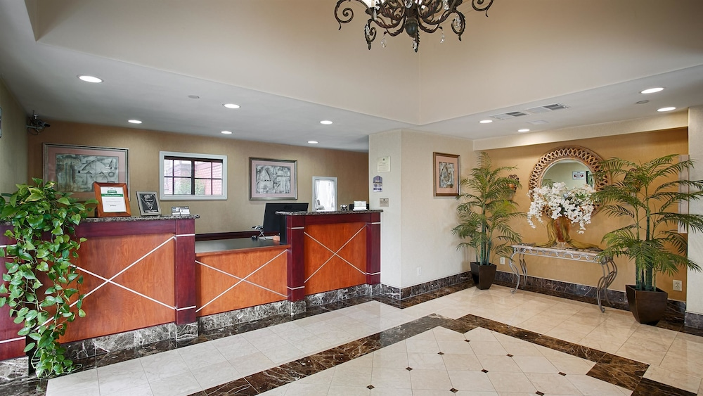 Lobby, Best Western Surf City