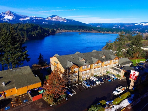 Best Western Plus Columbia River Inn