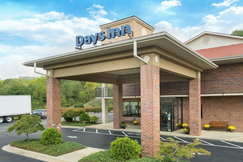 Days Inn by Wyndham Asheville Downtown North