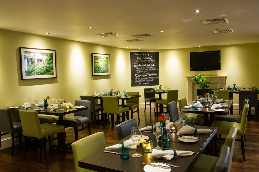 Dining, Dolphin House Serviced Apartments