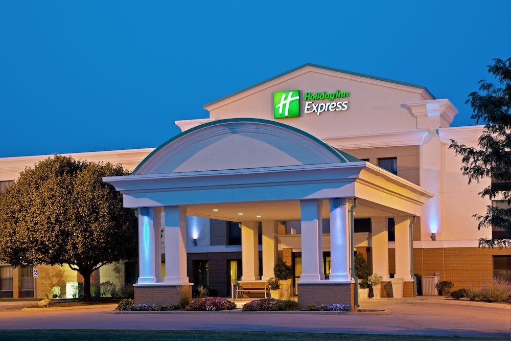Featured Image, Holiday Inn Express Indianapolis Airport, an IHG Hotel
