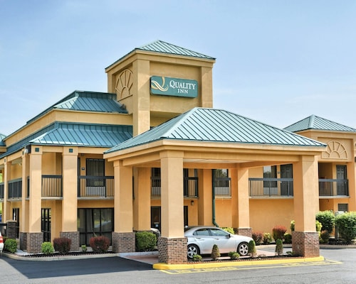 Check Expedia for Availability of Quality Inn Thornburg