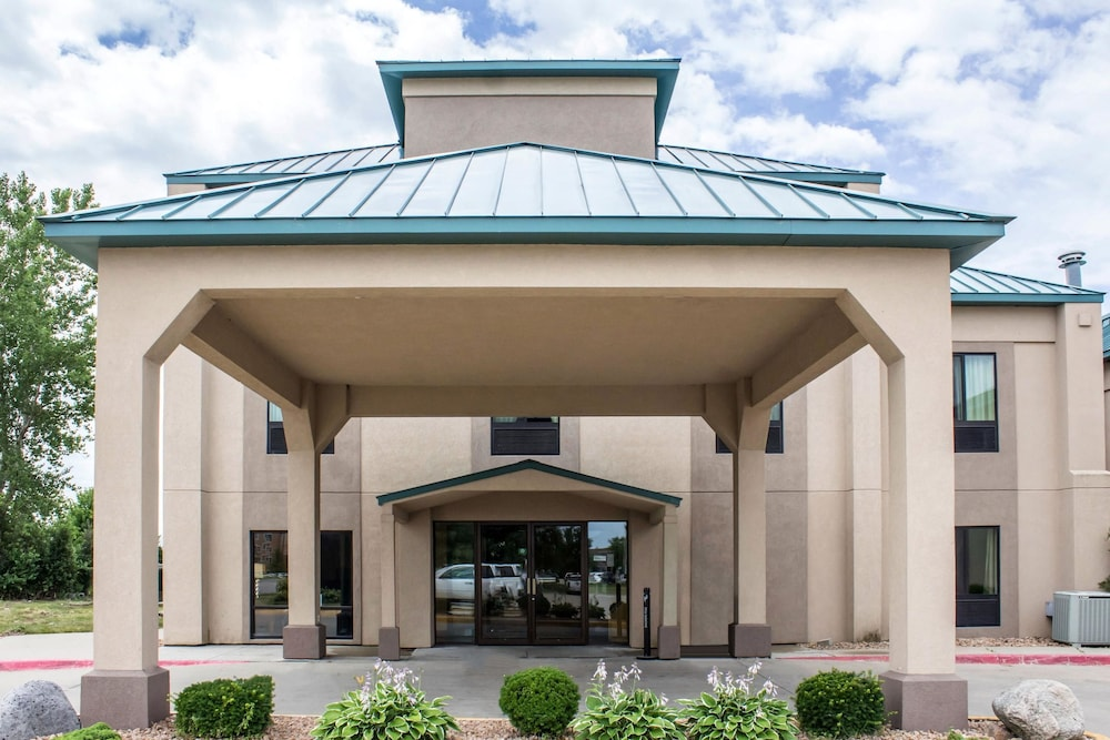 Comfort inn ankeny des moines 2018 room prices from 85 deals exterior featured image solutioingenieria Image collections