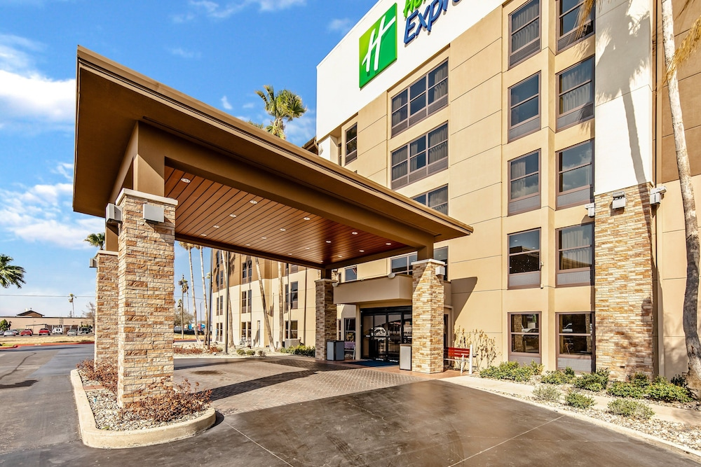 Exterior, Holiday Inn Express Harlingen, an IHG Hotel