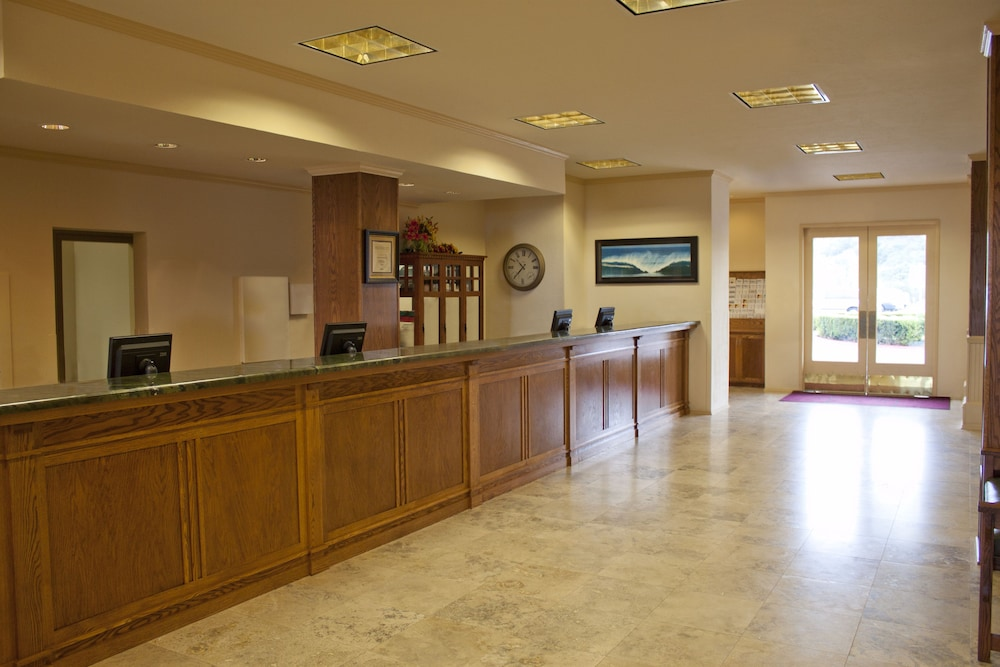 Interior Entrance, San Luis Bay Inn by Diamond Resorts