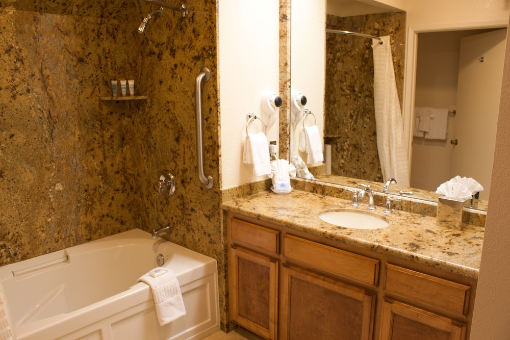 Bathroom, San Luis Bay Inn by Diamond Resorts