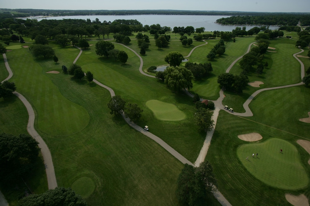 Golf, Lake Lawn Resort