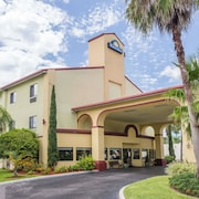 Days Inn Sarasota Near Siesta Key Beach